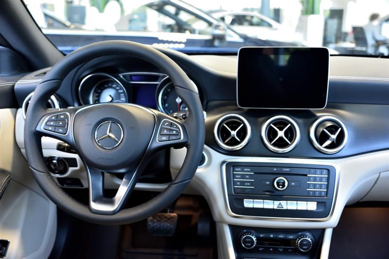 Mercedes-Benz Cla250 11