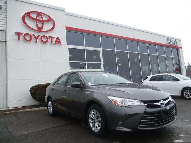 2017 Toyota Camry Hybrid LE