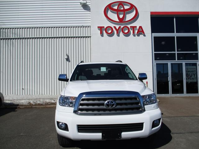 Toyota Sequoia  4WD Limited 5.7L 2