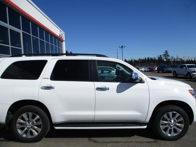 Toyota Sequoia  4WD Limited 5.7L 5