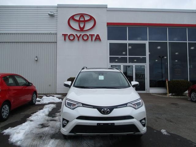 Toyota RAV4  AWD Limited 2