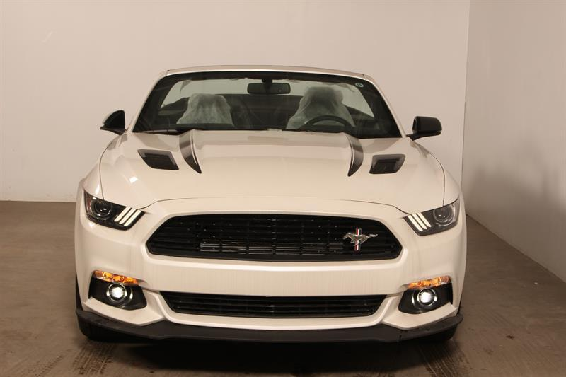 Ford Mustang Convertible 3