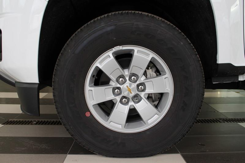 CHEVROLET TRUCK COLORADO 25