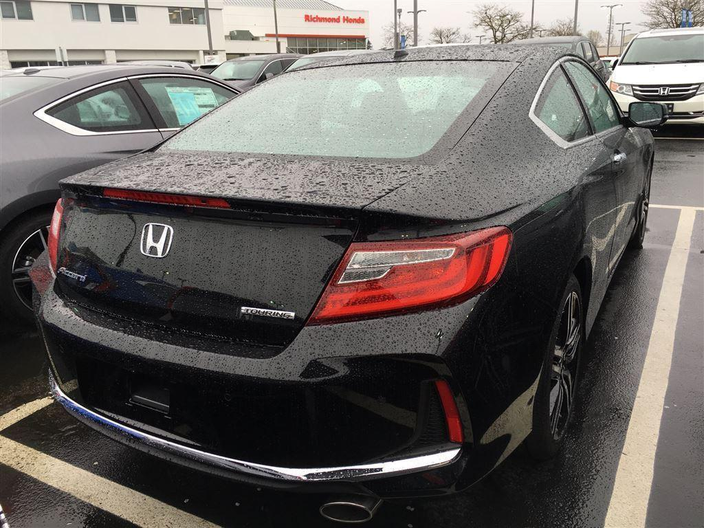 Honda Accord Coupe 4