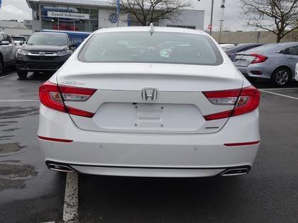 Honda Accord Sedan 6