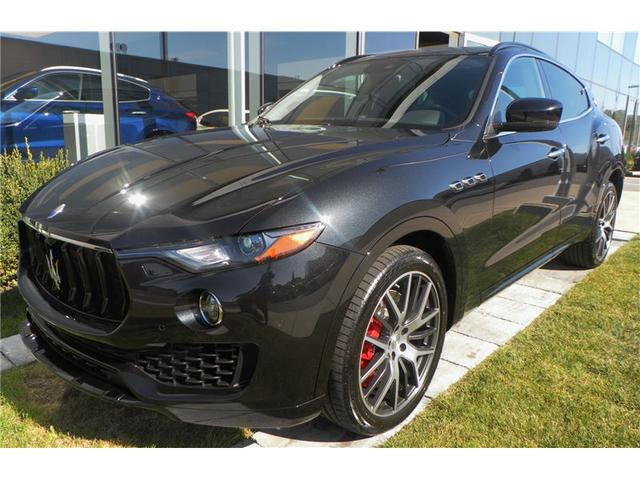 v hicule maserati levante s 2017 neuf vendre laval qu bec auto123. Black Bedroom Furniture Sets. Home Design Ideas