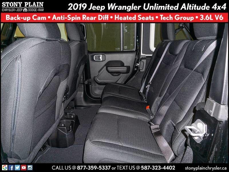 Jeep Wrangler Unlimited 18