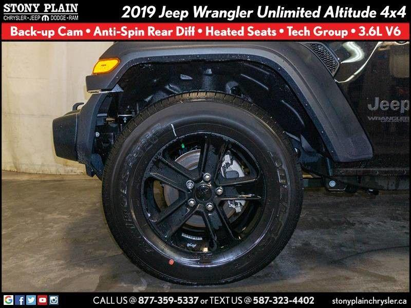 Jeep Wrangler Unlimited 21