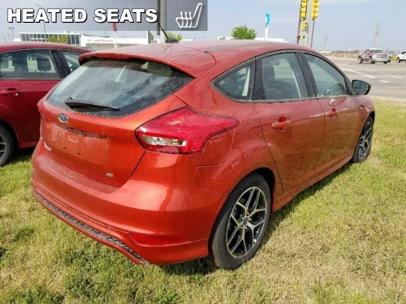 Ford Focus Hatchback 4